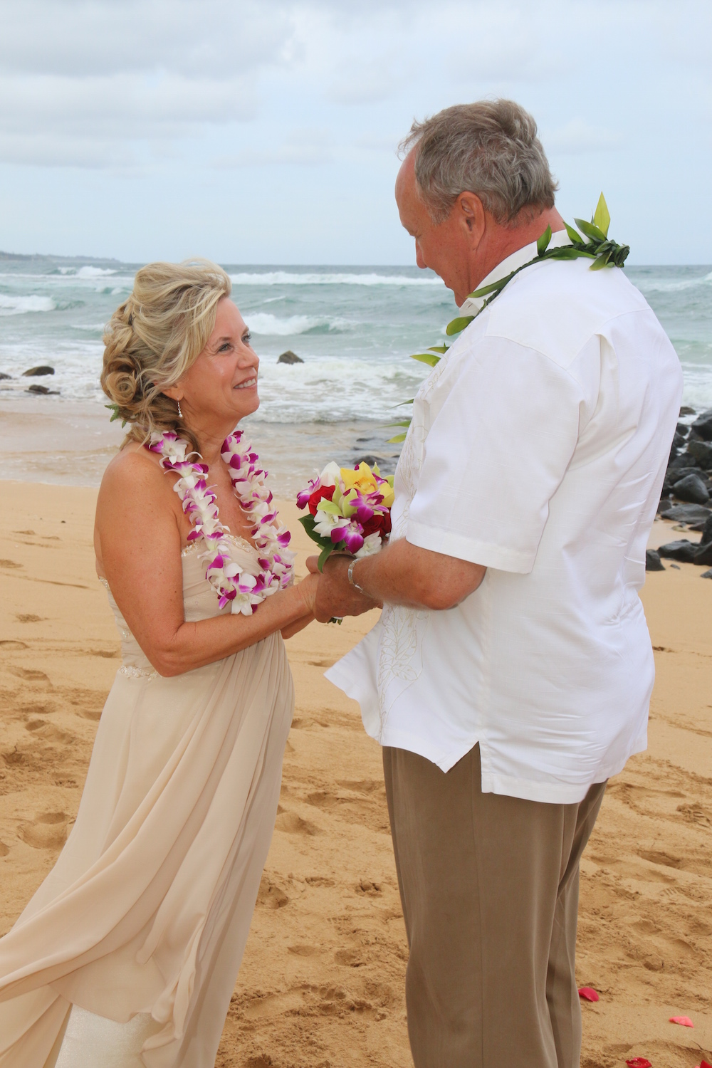 Kauai Beach Weddings: The Best Ways to Wear Your Hair