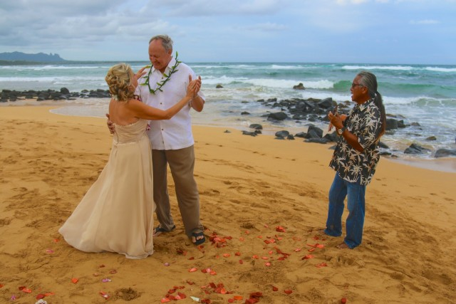 kauai-wedding-photography-ceremony-23
