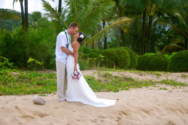 kauai-wedding-photography-couples-in-love-2-1
