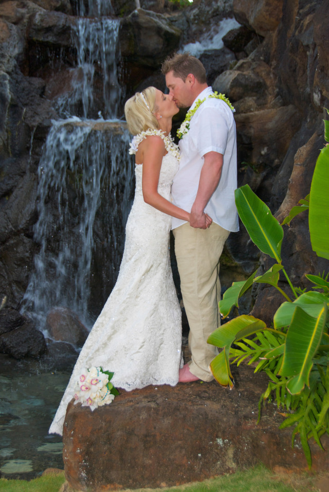 kauai-wedding-photography-couples-in-love-2-3