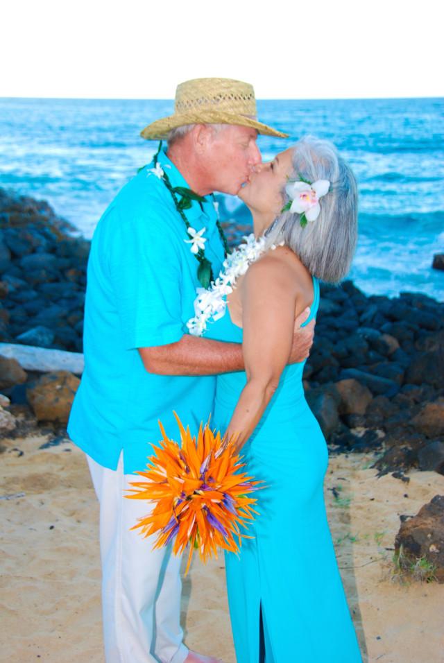 kauai-wedding-photography-couples-in-love-2