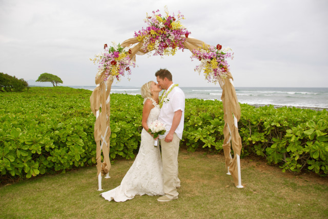 kauai-wedding-photography-couples-in-love-2-7