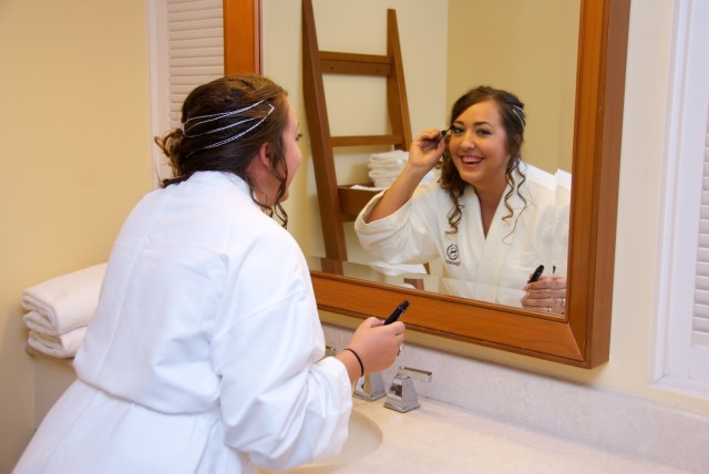 kauai-wedding-photography-getting-ready-1