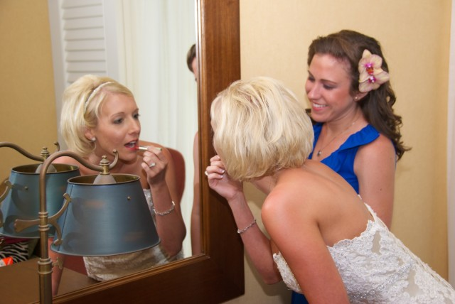 kauai-wedding-photography-getting-ready-3