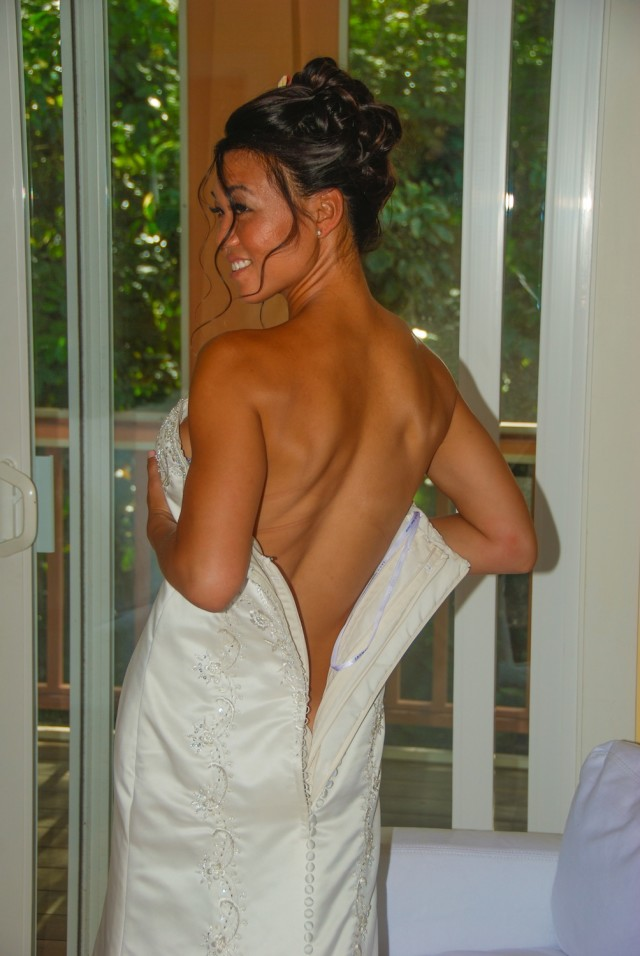 kauai-wedding-photography-getting-ready-icon