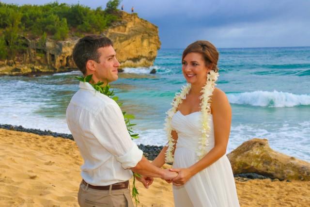 kauai-wedding-photography-trash-the-dress-candids-15