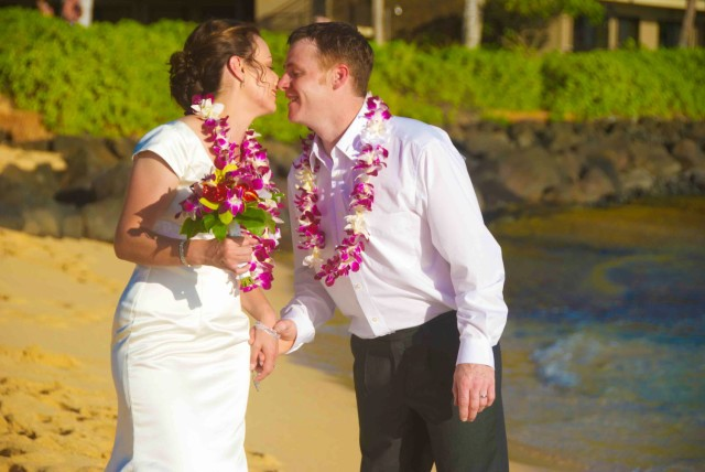 kauai-wedding-photography-trash-the-dress-candids-4