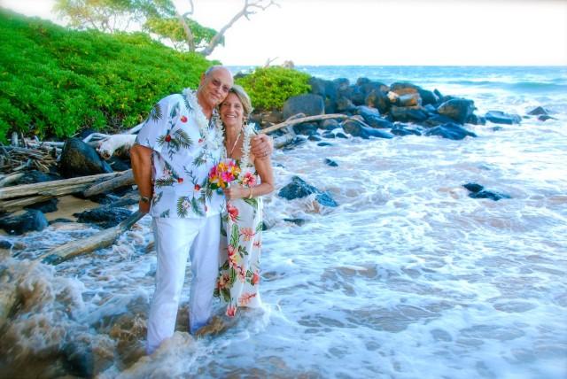 kauai-wedding-photography-trash-the-dress-candids-5