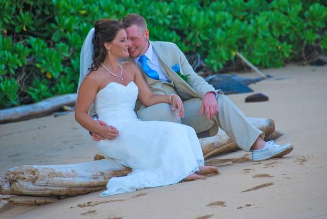 kauai-wedding-photography-trash-the-dress-candids-6