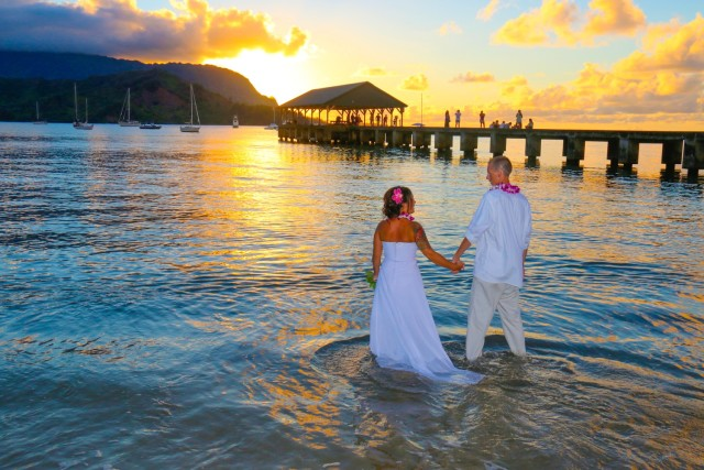 kauai-wedding-photography-trash-the-dress-candids-7