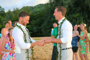 tunnels beach featured kauai wedding 9